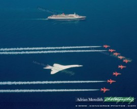 Concorde and Red Arrows with QEII 1985 - 12x10