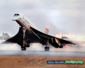 Last Landing BA002 at London Heathrow 24-Oct-2003 - Signed 16x12