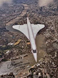 Last flight Concorde over London